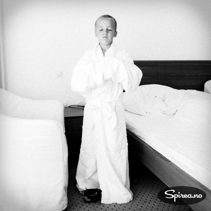På spahotellet Atoll Ocean Resort er det badekåpe til alle gjestene.