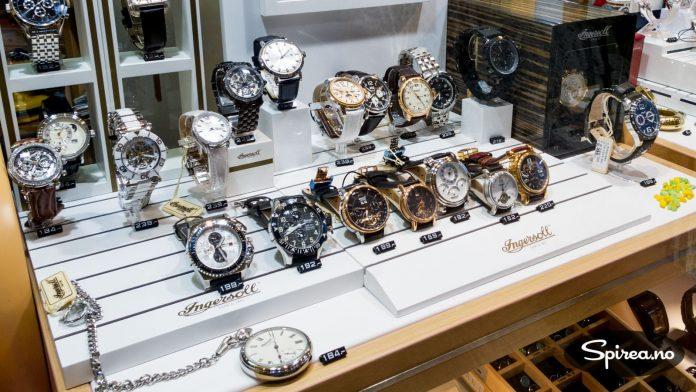 Helgoland er taxfree-sone, og blant annet klokker selges til sympatiske priser.
