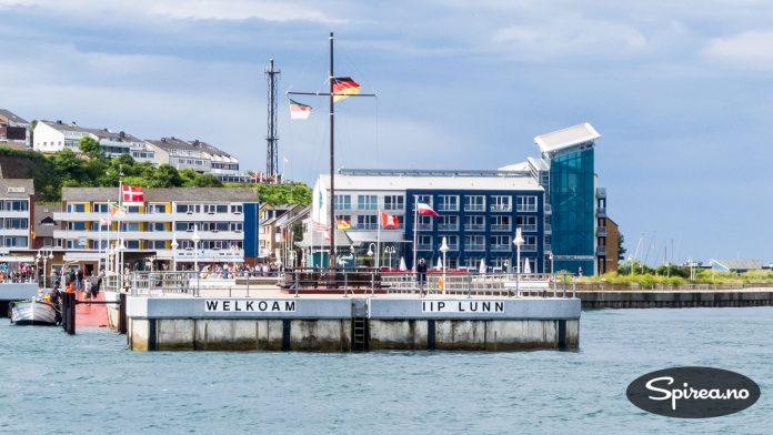 Velkommen til øya: Du blir ønsket velkommen til Helgoland på et språk kun 10.000 mennesker behersker. Frisisk er en kombinasjon av engelsk og tysk.