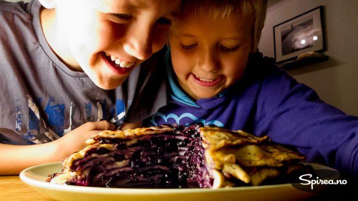 En blåbær-pannekake som denne gjør turen verdt å gjennomføre!