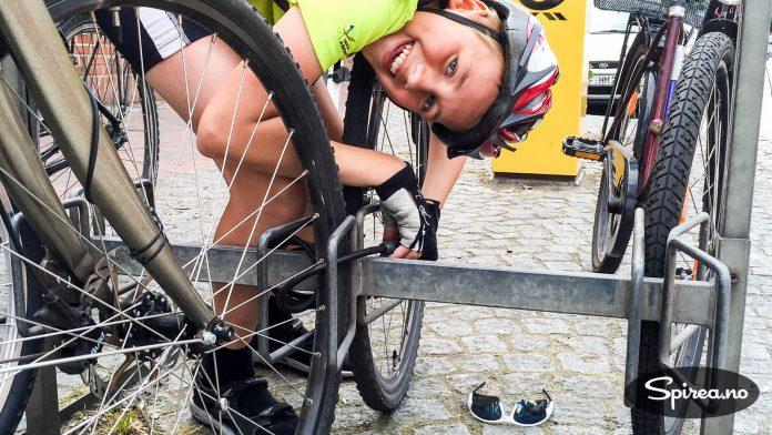 Danskene lar ofte syklene stå ulåst, men vi synes det er tryggest å låse.