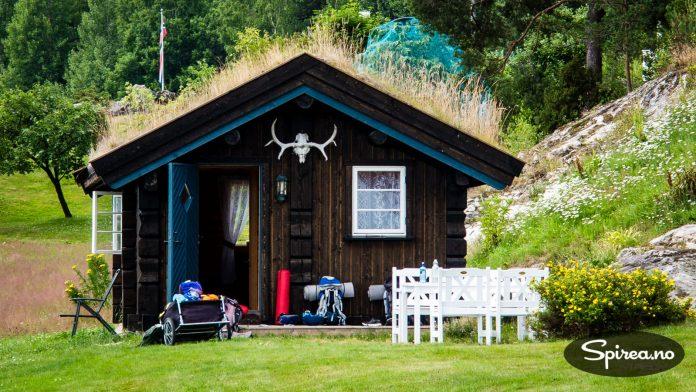 Her sov vi. Og det må være lov å si at dette sannsynligvis er landets beste campinghytte!