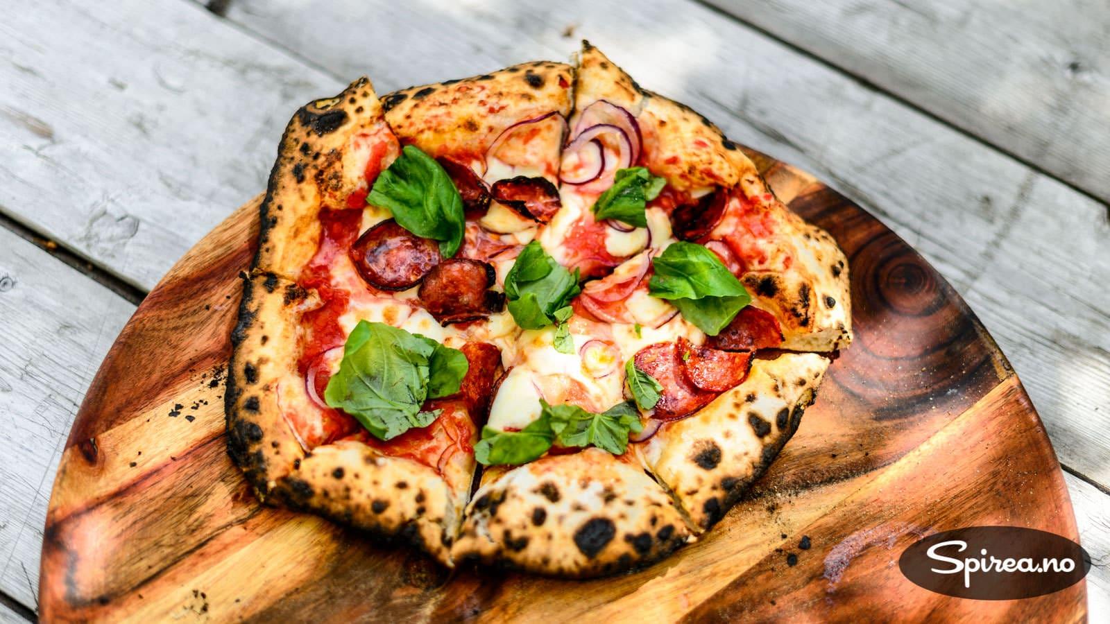 Steinovn pizza