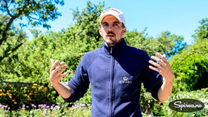 Vi fikk en flott omvisning av sjefsgartner Mikael Løfving. En kunnskapsrik og engasjert ung mann som vil ta vare på tradisjonene, men samtidig utvikle parken videre.