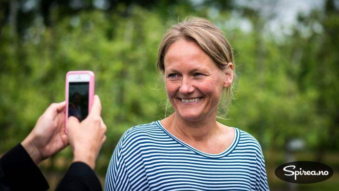 Vår dyktige guide Malena Borgstrøm ga oss et godt innblikk i historien og driften til Kiviks Musteri.