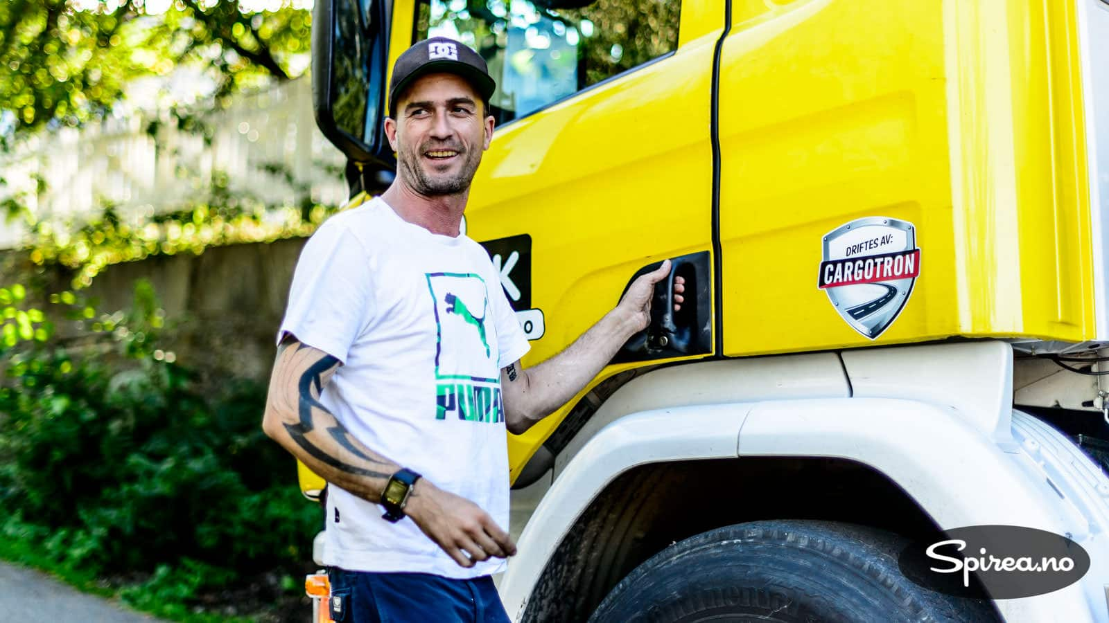 Sjåfør Håkon Thauland kommer til med lastebil der du selv kanskje ikke hadde tatt sjansen på å kjøre ned med personbil.